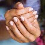 Cum sa-ti repari unghiile
